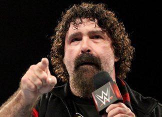 Mick Foley aprueba el Mandible Claw de Bray Wyatt