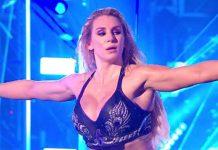 Charlotte Flair firma con VaynerSports